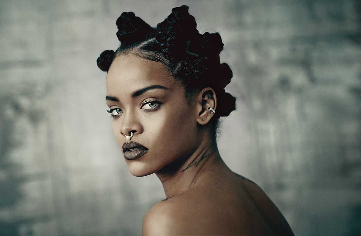 Social Media Wars: The Battle Of Rihanna And Azealia Banks | Rihanna