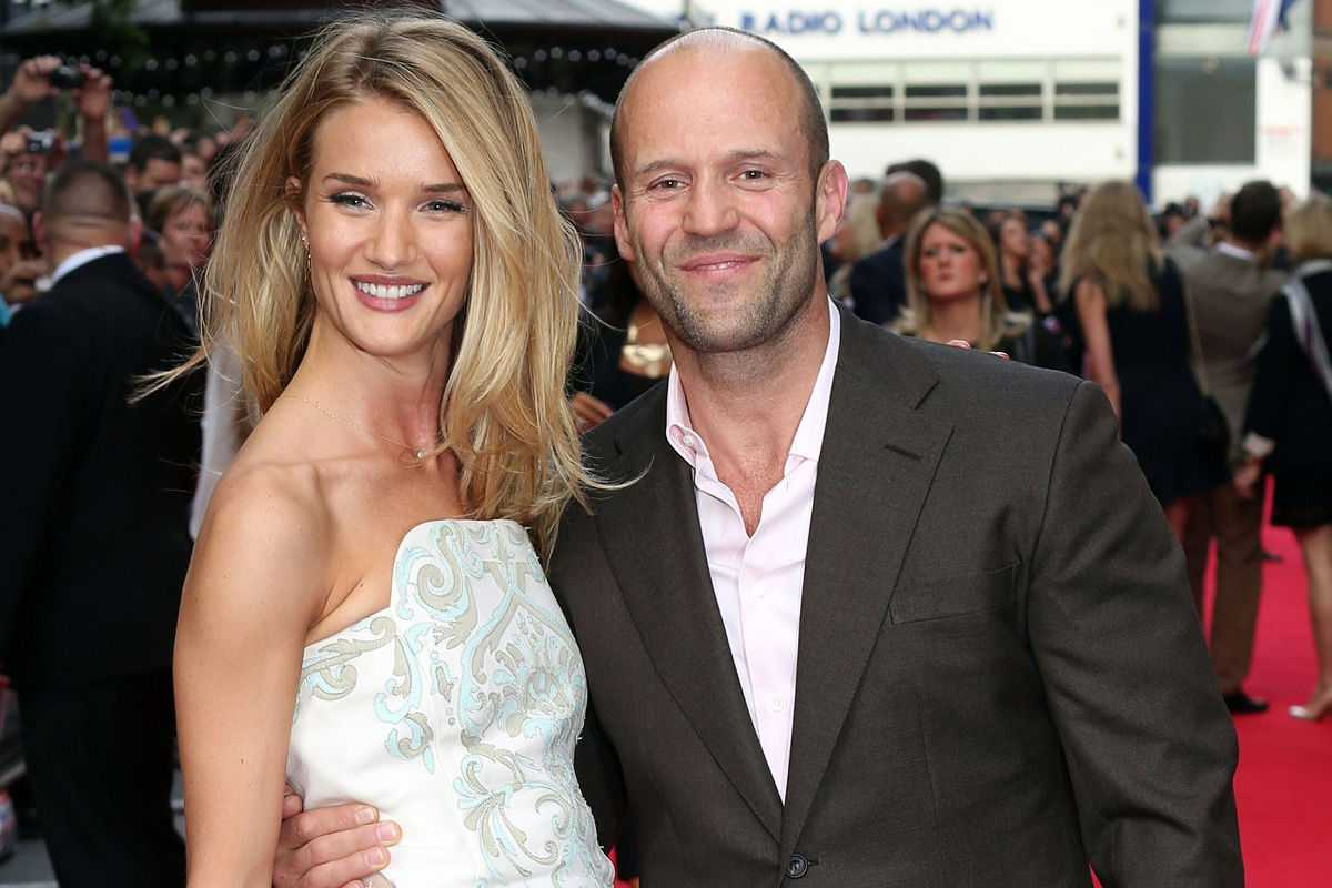 Rosie Huntington-Whiteley Confirms She's Expecting First Child With Jason Statham | Rosie Huntington-Whiteley