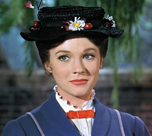 Julie Andrews Approves Of Emily Blunt As Mary Poppins | Mary Poppins