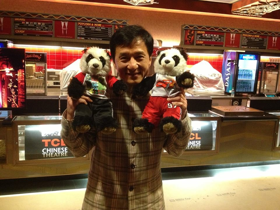 Jackie Chan Brings Two Stuffed Pandas To The Oscars Red Carpet | Jackie Chan