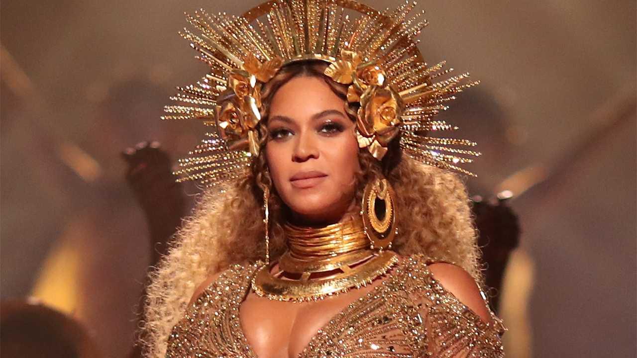 Beyoncé Announces 'Formation Scholarship'   Beyoncé