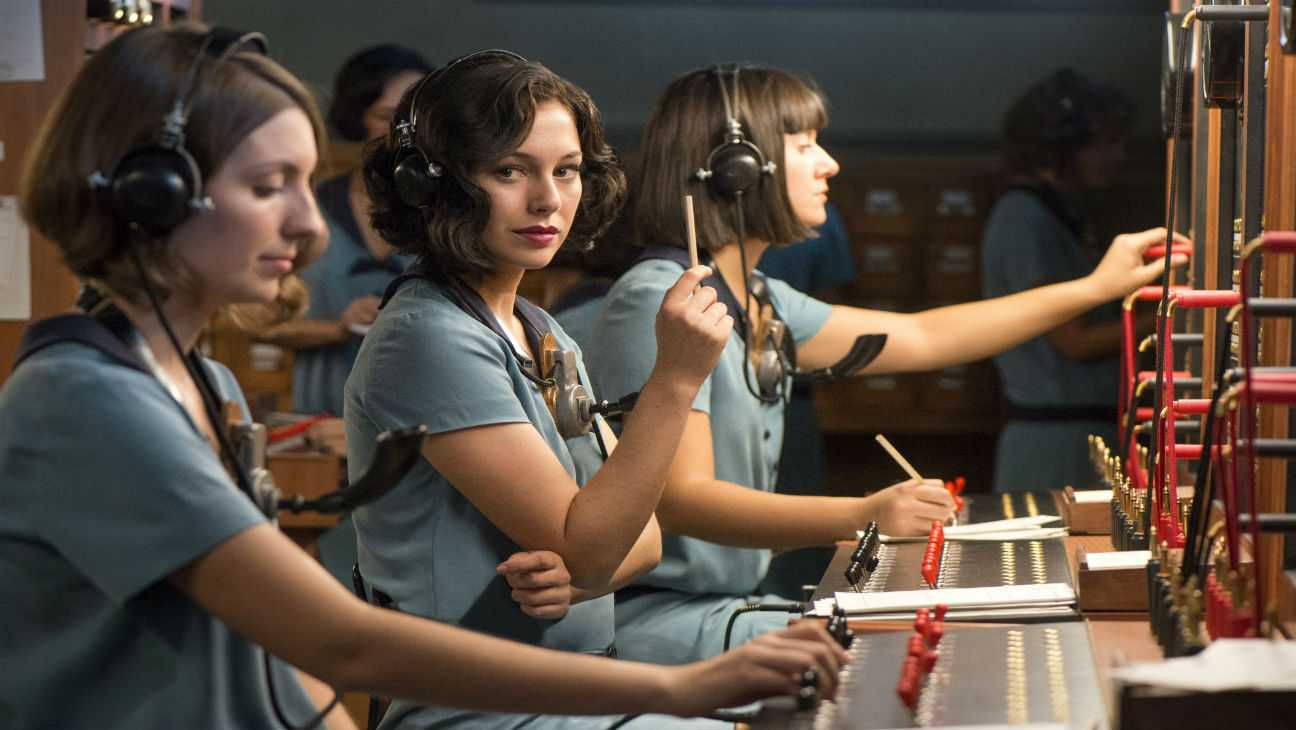 Fighting For Liberation in 1920s Madrid: A Review Of Cable Girls | Cable Girls