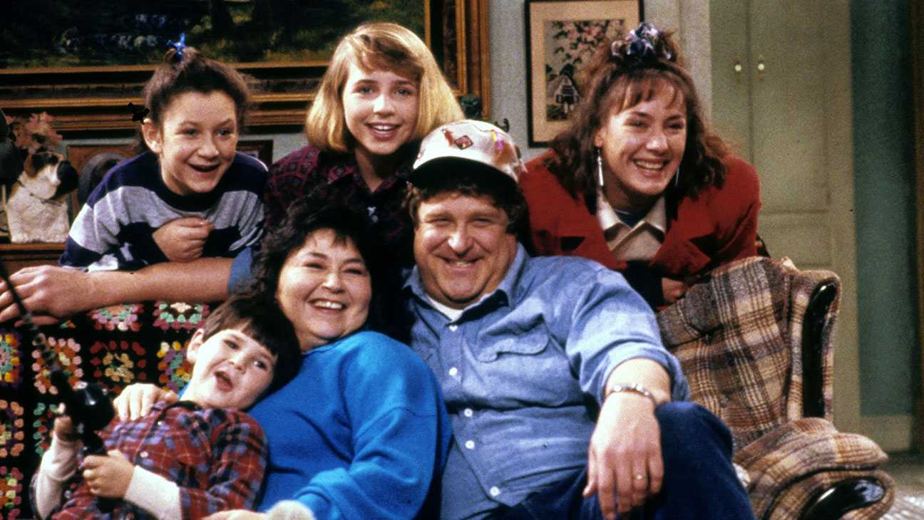 'Roseanne' Reboot Currently Being Shopped To Various Networks | Roseanne