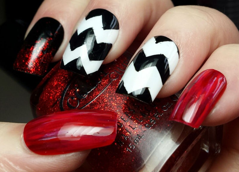 Twin Peaks Inspired Nail Art | Twin Peaks nail art