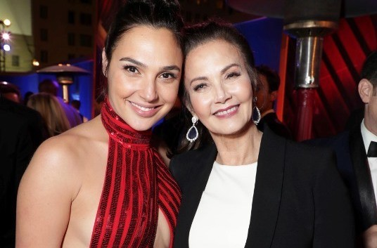 Gal Gadot And Lynda Carter Team Up At Wonder Woman Premiere | Wonder Woman Premiere