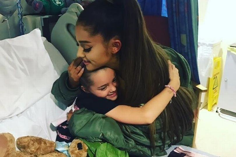 Ariana Grande Visits Manchester Bombing Survivors In Hospital | Ariana Grande