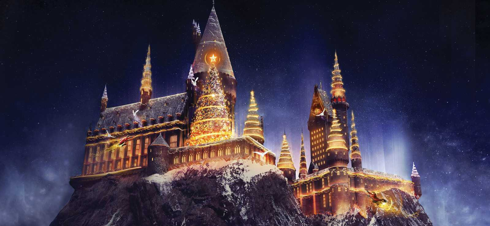 A Harry Potter Christmas: Universal Studios Hollywood To Have Festive Light Show At Hogwarts | Harry Potter Christmas