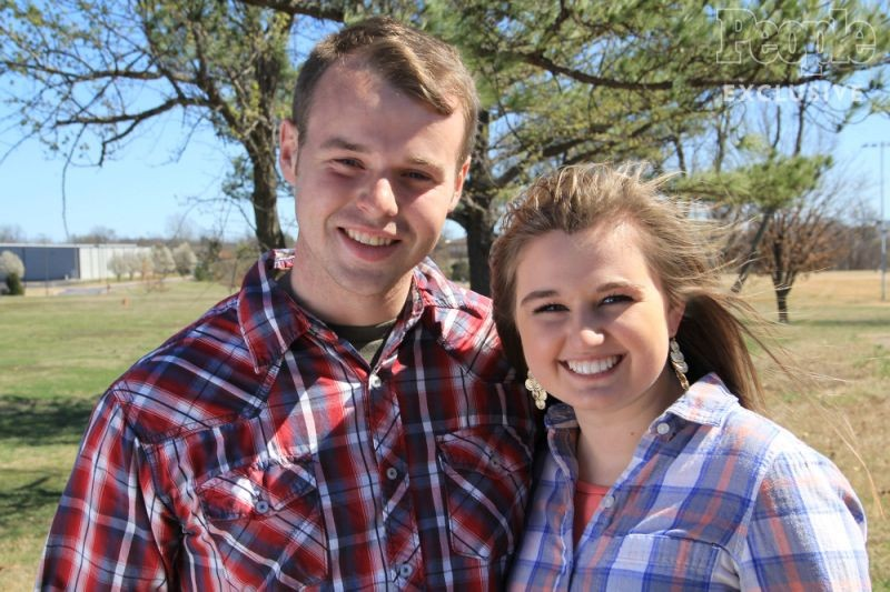 Another Duggar Courts, May Be Married By 2017 | Duggar