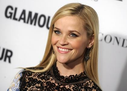 Reese Witherspoon Goes 'Home Again' In New Trailer | Reese Witherspoon Trailer