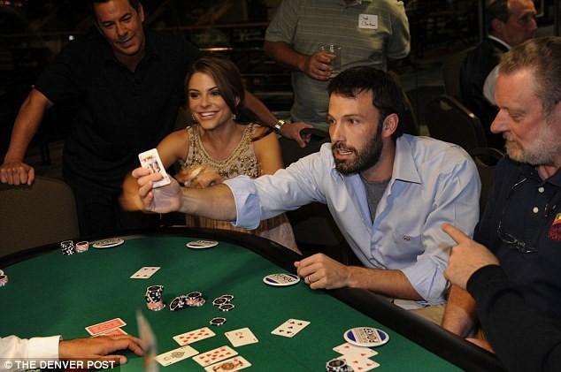 4 Celebrities Who Love To Play Blackjack | Blackjack