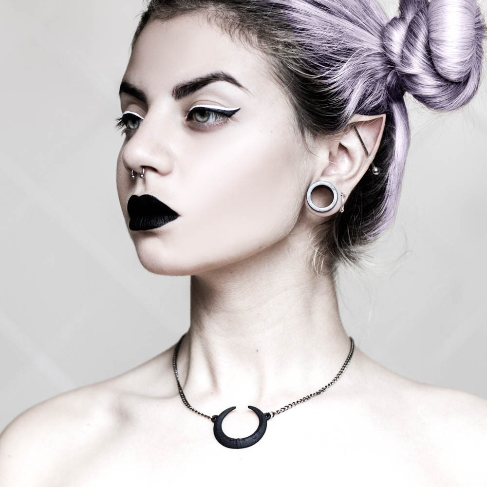 5 Witchy Jewelry Stores For A Spellbinding Look | Witchy Jewelry