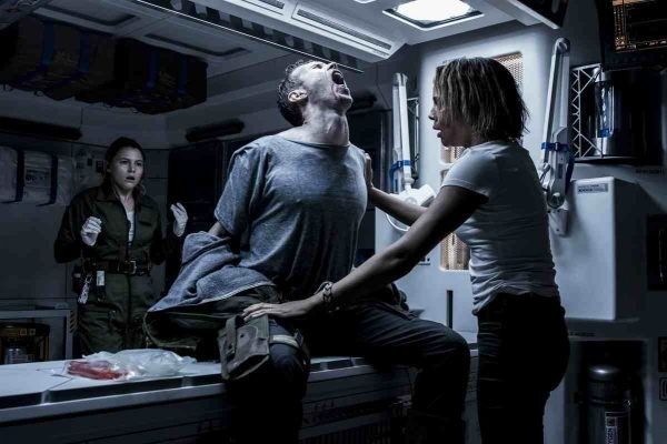 Alien Covenant Goes Back To The Franchise's Horror Roots | alien covenant