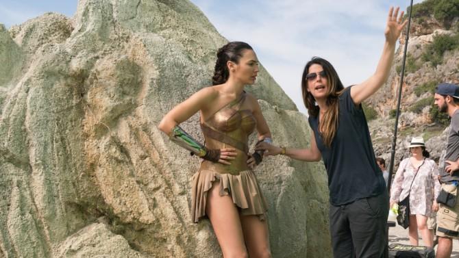 Patty Jenkins Responds To James Cameron's Wonder Woman Criticism | Wonder Woman