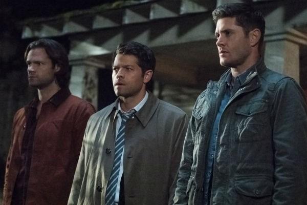 'Supernatural' Stars Raise Over $300,000 For Hurricane Harvey Relief | Supernatural