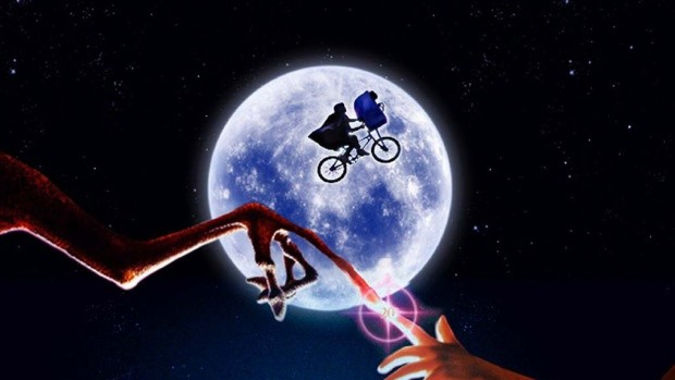 'E.T.' Returning To Theaters For 35th Anniversary | E.T.