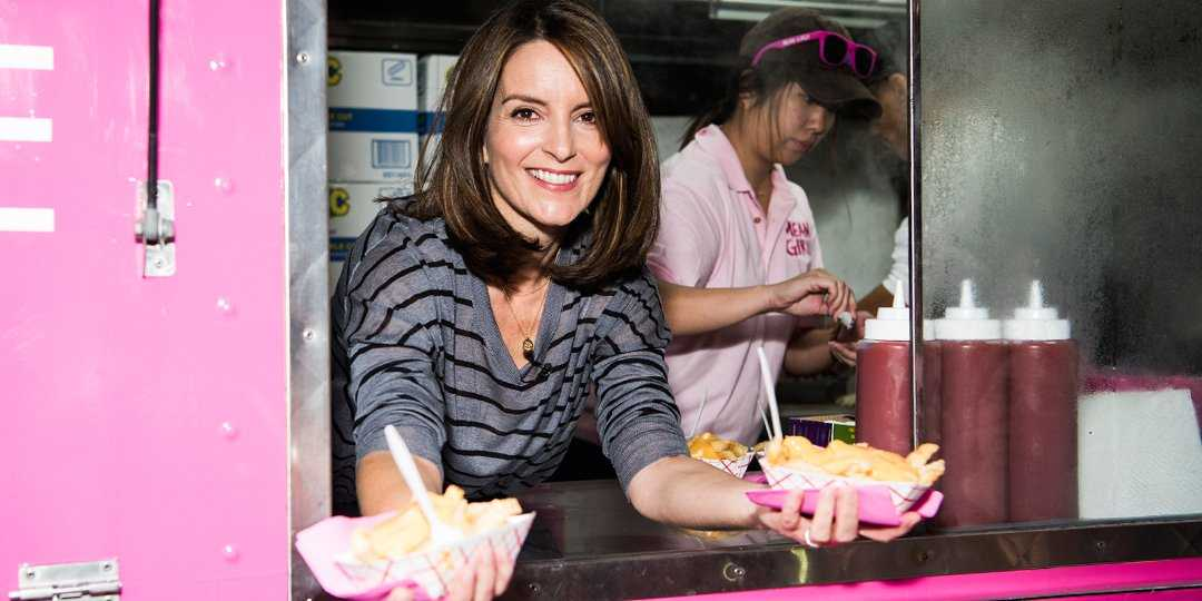 Tina Fey Surprises Fans On 'Mean Girls' Day | Tina Fey