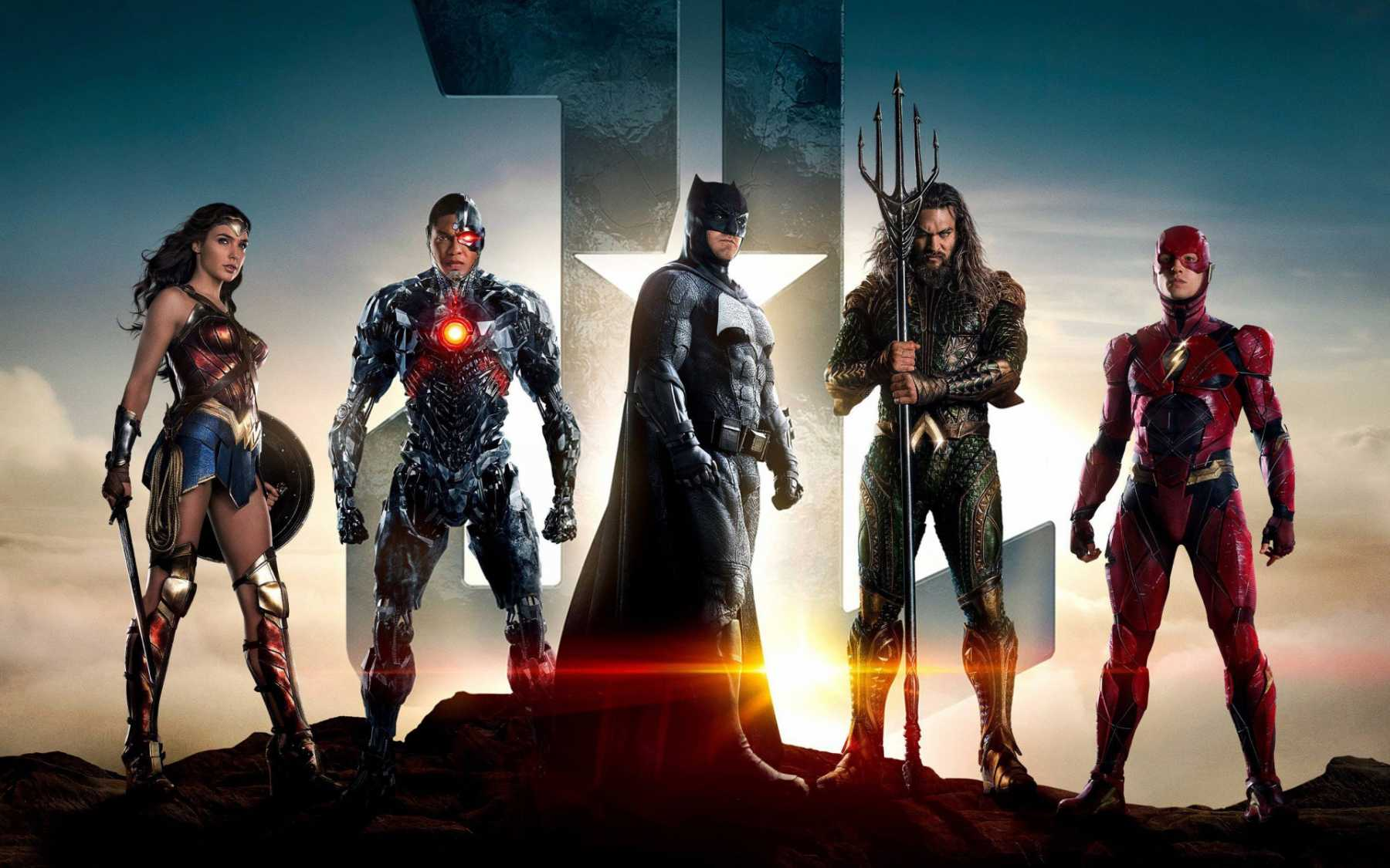 New Trailer For 'Justice League' Unveiled At New York Comic Con | Justice League