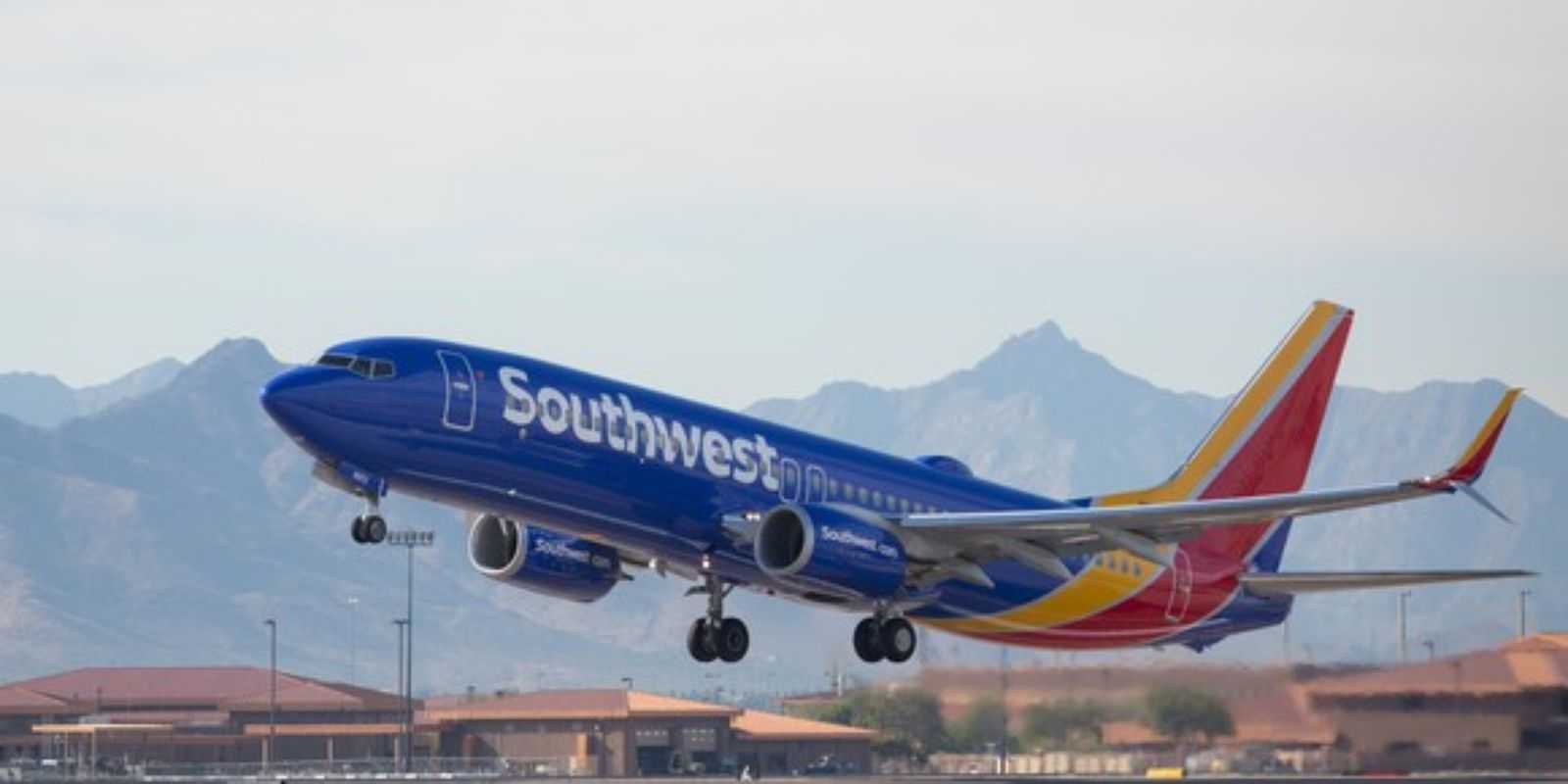Southwest Passenger Arrested After Threatening To Kill Everyone | southwest
