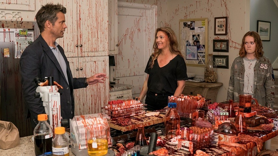 'Santa Clarita Diet' Hits All The Right Marks With It's Second Season | Clarita