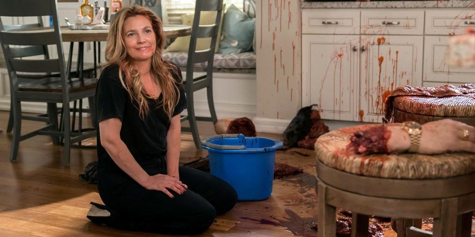Netflix Announces Season 3 For 'Santa Clarita Diet' | Clarita