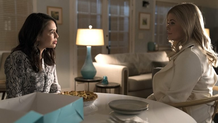 Freeform Green-Lights 'Pretty Little Liars' Spin Off 'The Perfectionists'  | Pretty Little Liars Spin Off The Perfectionists