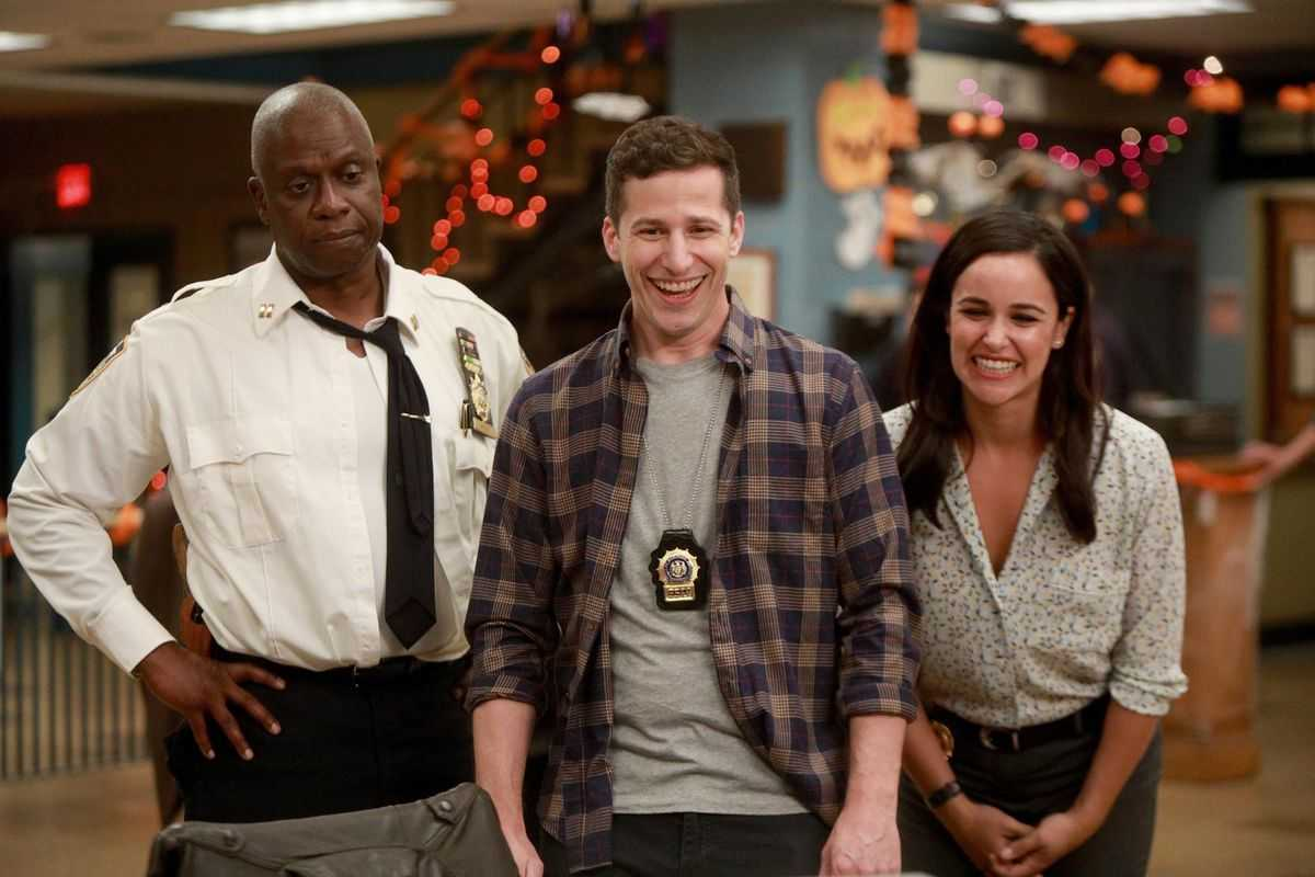 SDCC News About 'Brooklyn 99' And 'Lucifer' | SDCC Brooklyn 99 Lucifer Spoilers