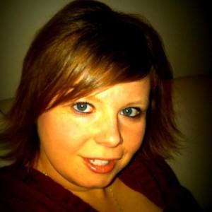 Christa Tintelnot | PopWrapped Author