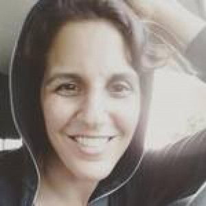 Bernadette Giacomazzo | PopWrapped Author