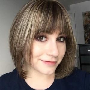 Elissa Smith | PopWrapped Author