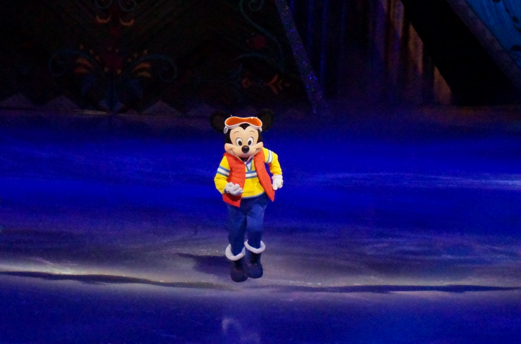 Disney On Ice Presents Frozen - Mickey Mouse