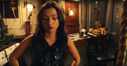 Carmilla, 00x01, Blast From The Past